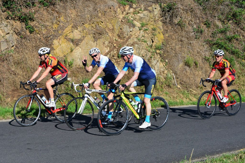 La Gergovienne : cyclotouriste dans la montée de Cournols